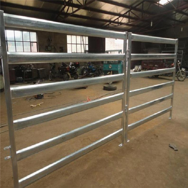 Galvanized Livestock Cattle Panel Factory.jpg